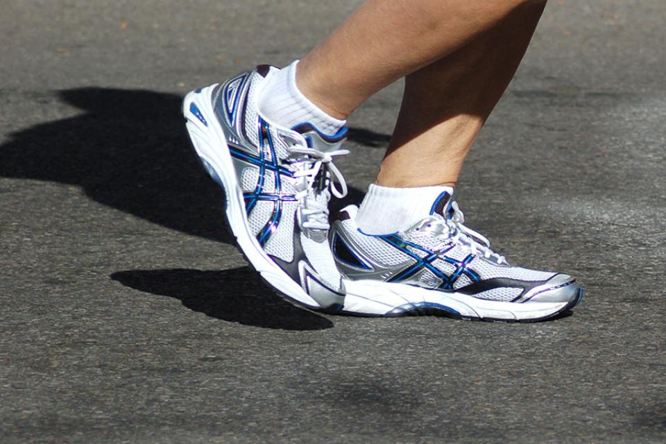Laufschuhe für breite Füße | Laufschuhweiten für breite Füße